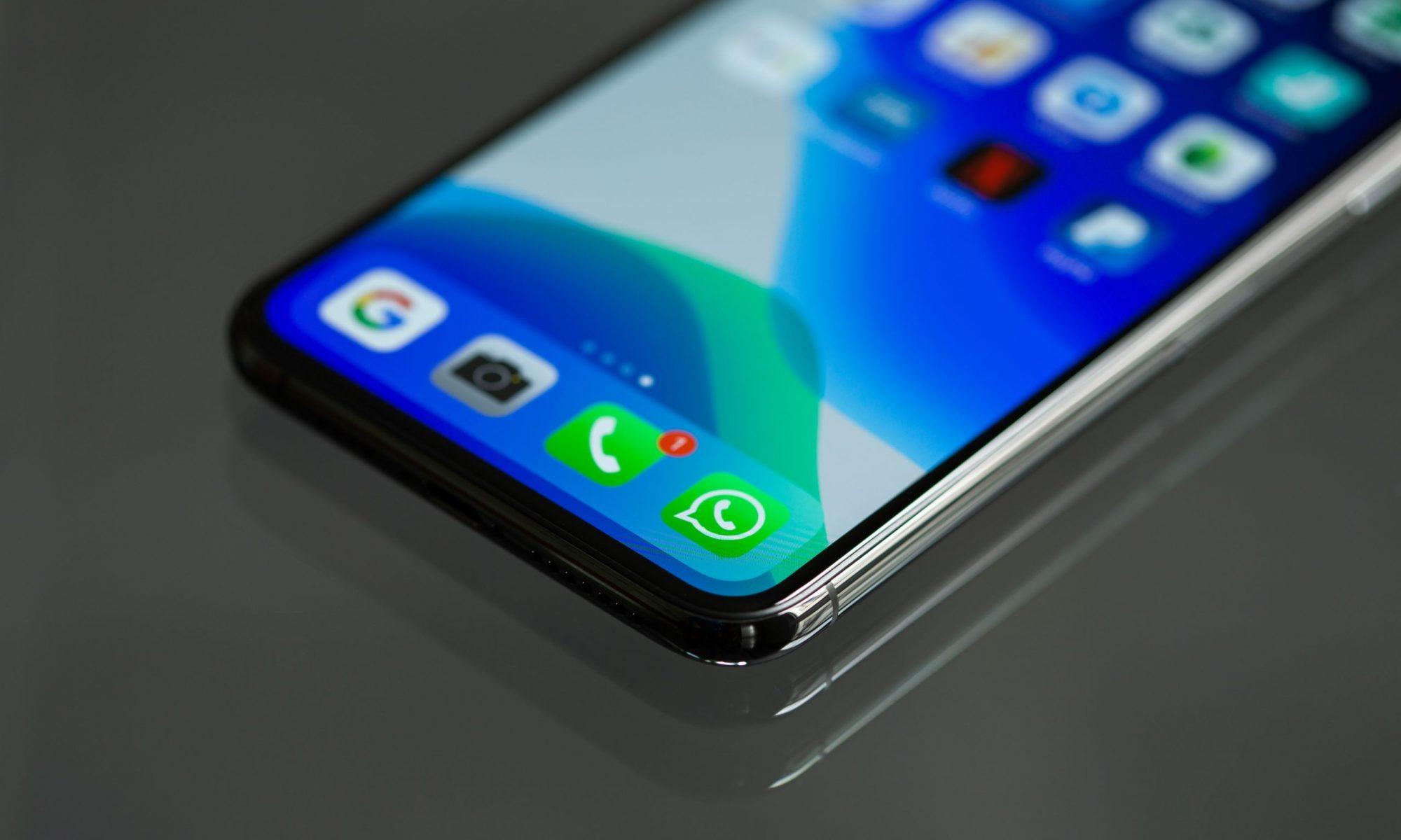close-up-photo-of-smartphone-3571094
